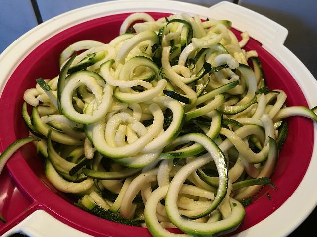 Zoodles aus Zucchini